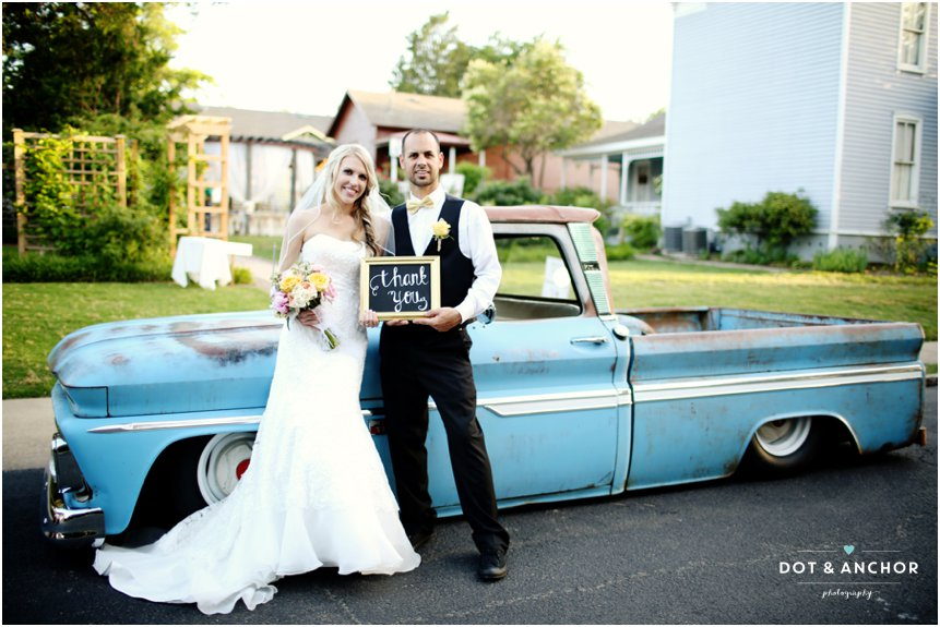 cs-wedding-blue-truck
